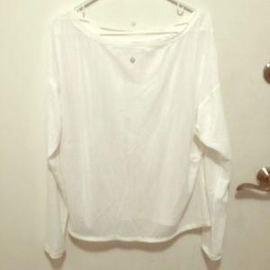 EUC Lululemon Flowy l/s Shirt